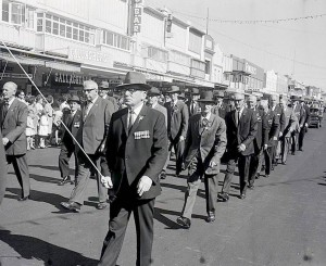 WWl veterans march during the 1967 Anzac Day parade in Orange. Photo courtesy CWD Negative Collection, Orange & District Historical Society